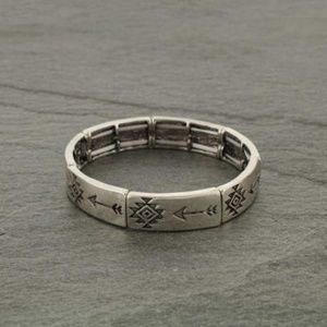 Western Arrow Stretch Bracelet